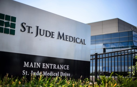 Abbott Labs Plans To Wrap Up St Jude Medical Deal Jan 4